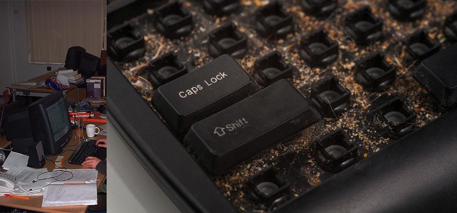bàn phím máy tính văn phòng rất bẩn