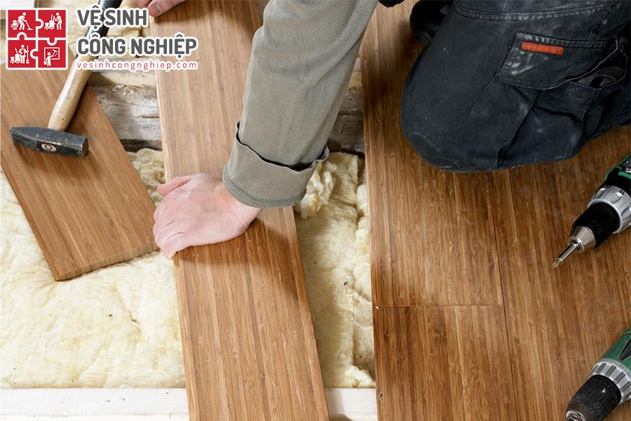 vệ sinh và bảo dưỡng sàn gỗ