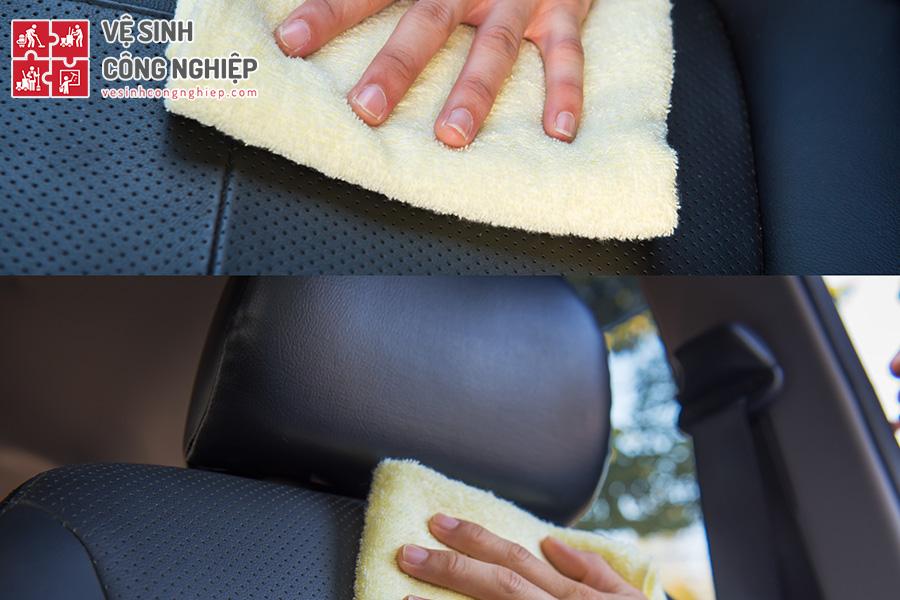 lau chùi ghế ô tô